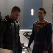 [F�nix Series] Supergirl - 4x09 - Elseworlds, Part 3.mkv_snapshot_27.08.723.png
